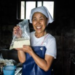 What could be better than delicious freshly made tofu??? Only seeing the wonderful smile of the wonderful lady who made it!!